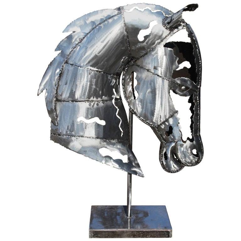 Escultura Vanguardista de Hierro con Cabeza de Caballo Hecha a Mano