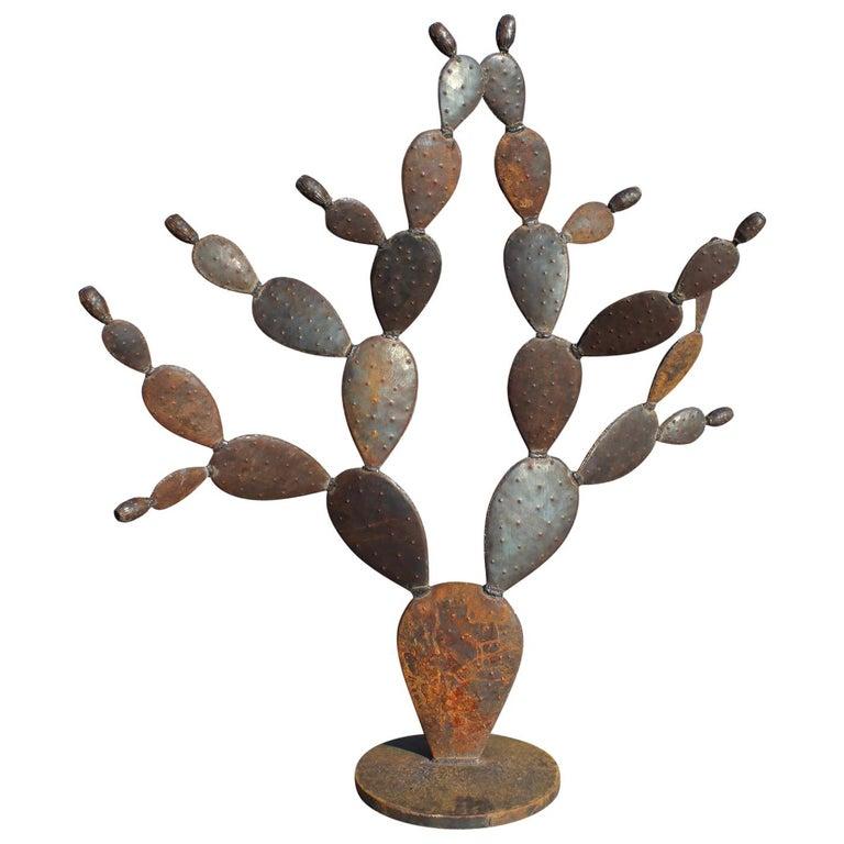 Escultura Española Contemporánea Hecha a Mano de Un Cactus de Hierro