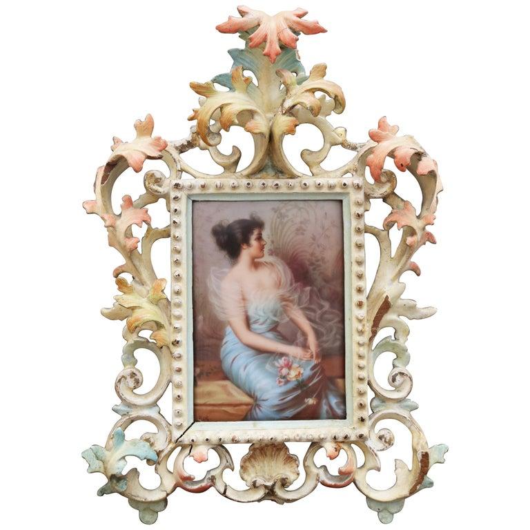 Retrato de Dama en Porcelana Esmaltada Firmado y con Marco, del Siglo XIX