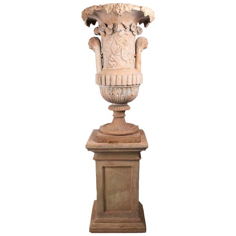 Urna y Pedestal de Terracota Española de Mediados con Sello del Fabricante, del Siglo XIX