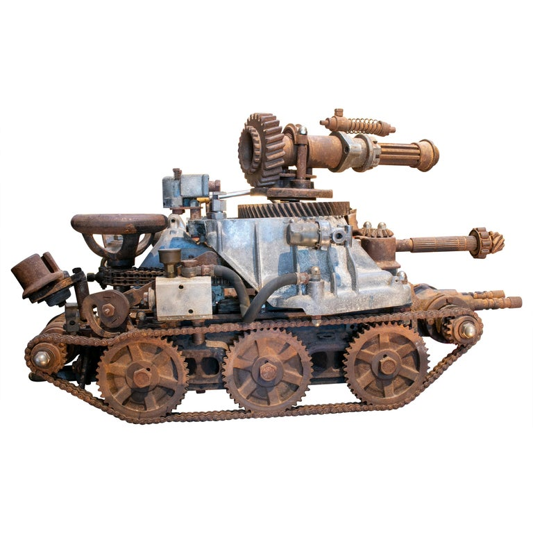 Escultura de un Tanque con Cañón Hecha con Piezas Mecánicas Antiguas, de los Años 70
