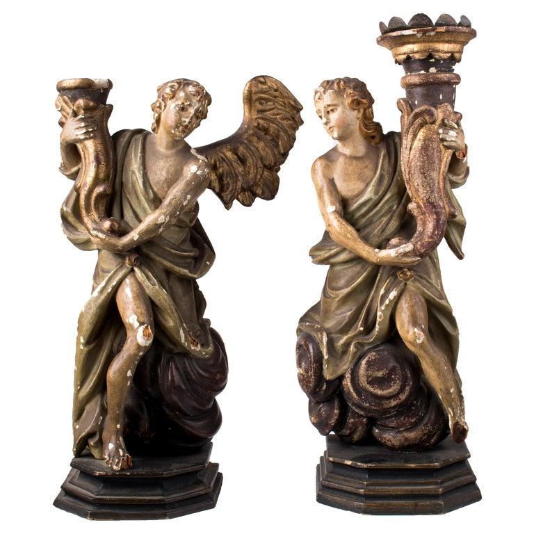 Pareja de Figuras de Madera Dorada de Ángeles Porta Antorchas, España, Siglo XVIII