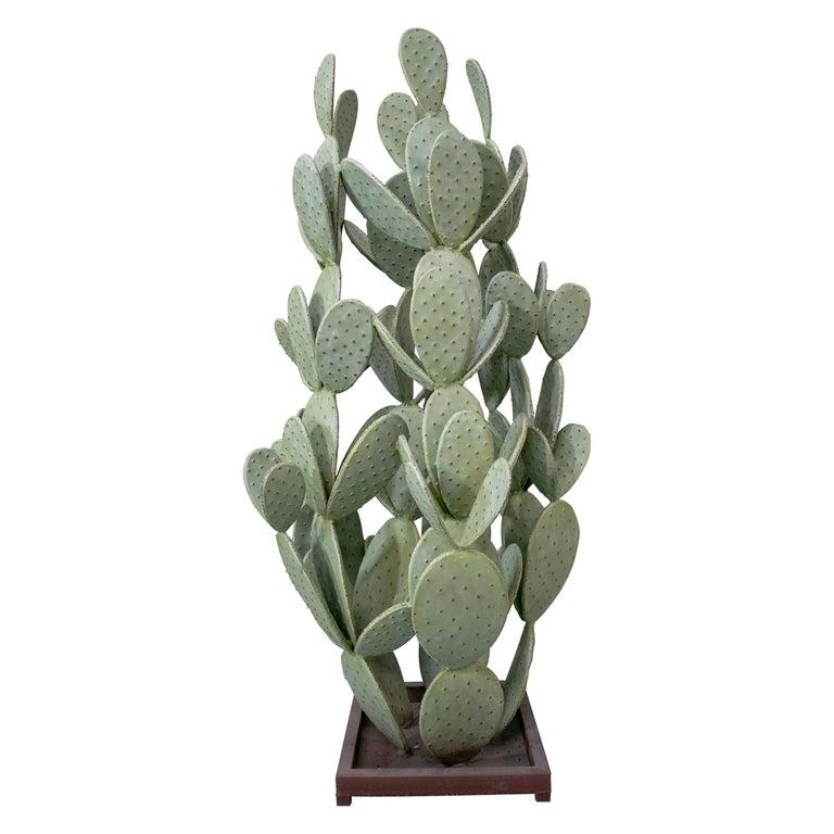 Escultura Francesa en Forma de Cactus de Hierro, de los Años 90