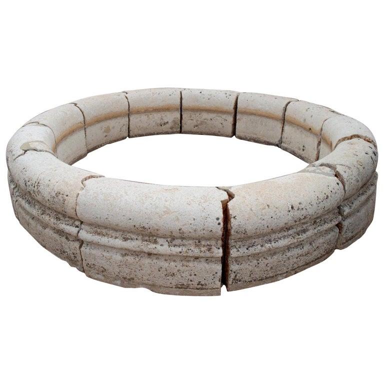 Fuente de Piedra Redonda para Piscina Clásica, España, del Siglo XVIII