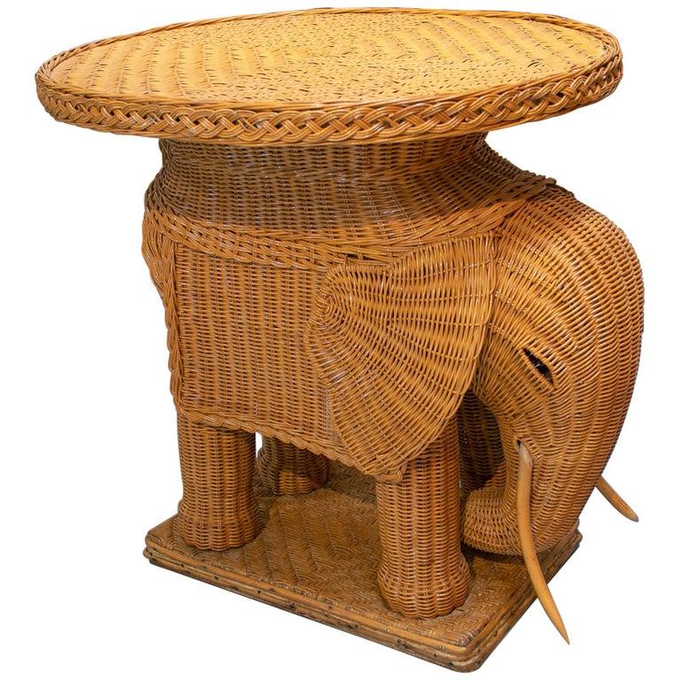 Mesa Elefante de Mimbre, de los Años 1970