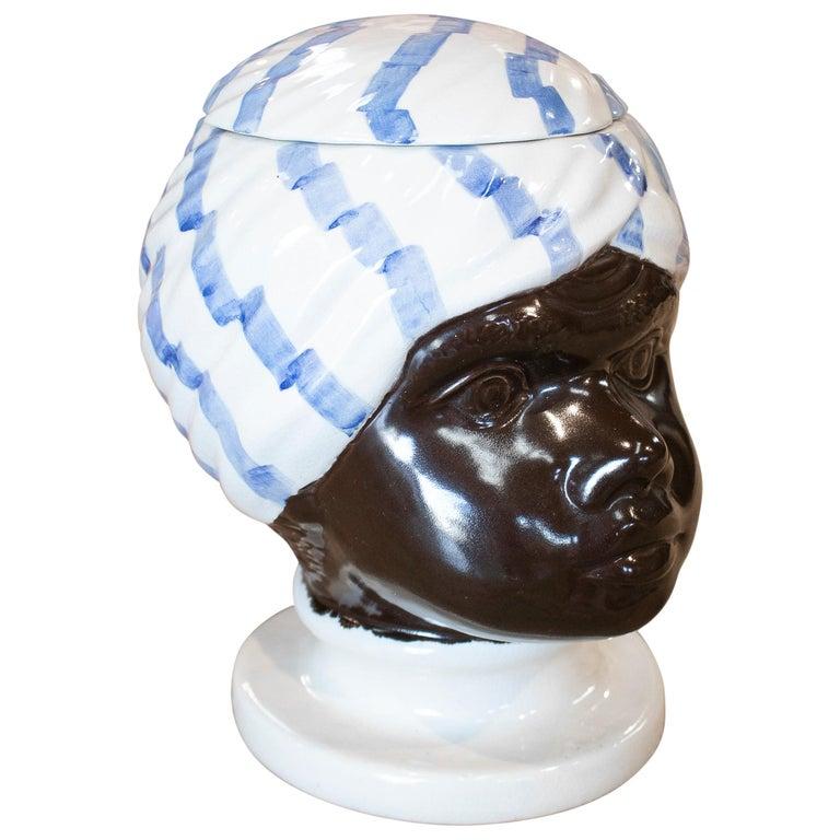 Recipiente de Cerámica de Cabeza de Busto Árabe con Tapa, de los Años 70