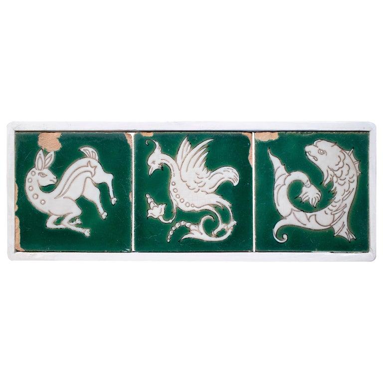 Juego de 3 Azulejos de Cerámica Esmaltada con Animales, del Siglo XVIII