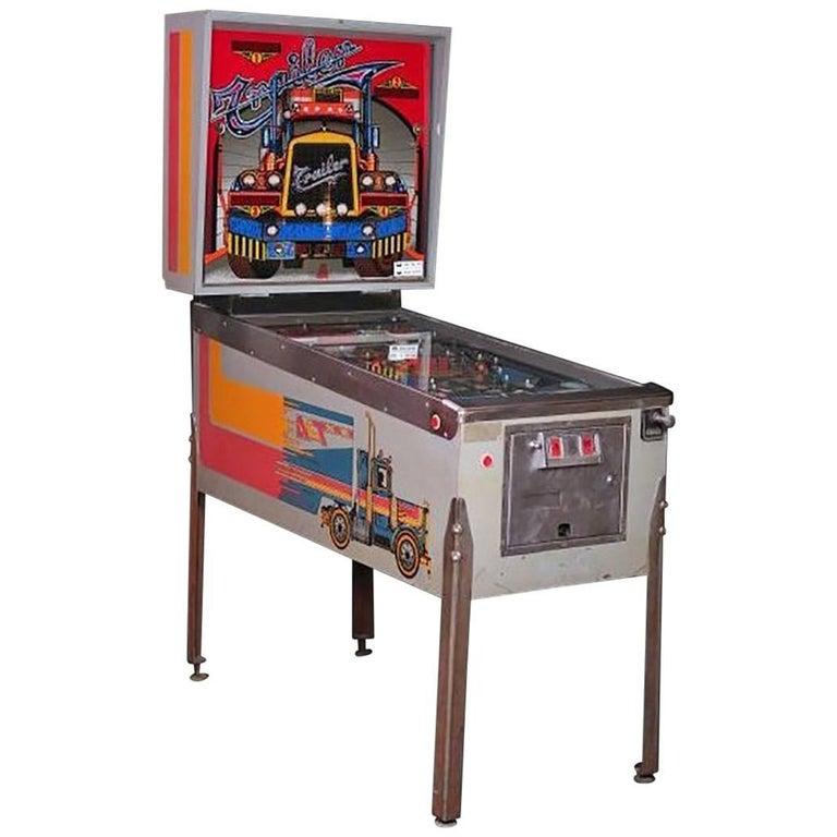 Máquina Recreativa Modelo Pinball Trailer , de la Década de 1980