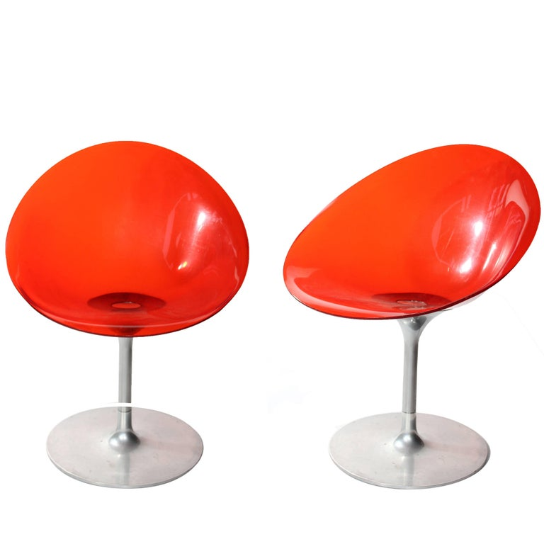 Sillas Italianas Giratorias Eros de Lucita Naranja, de Philippe Starck para Kartell