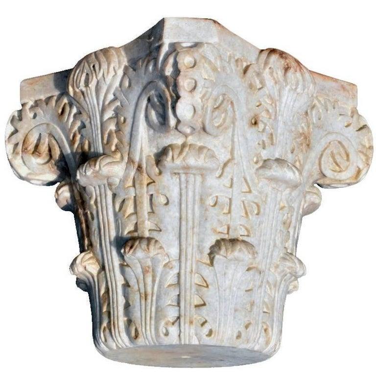 Reproducción de Capitel de Panal de Al-Andalus Tallado a Mano