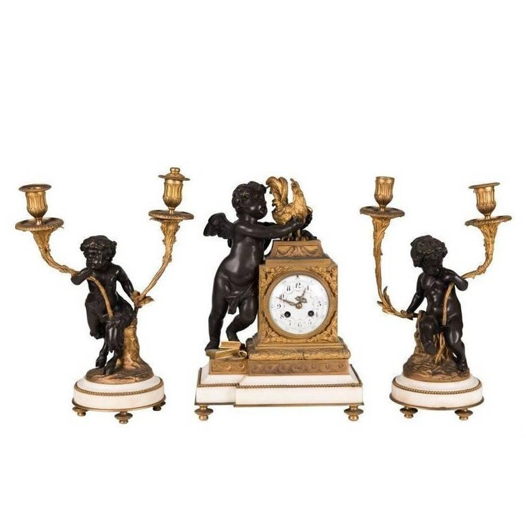Reloj de Sobremesa de Estilo Luis XVI Francés con Ángeles, del 1800